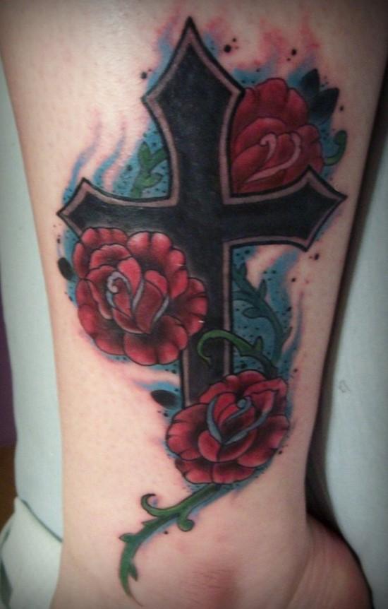 hình xăm thánh giá hoa hồng
