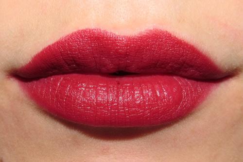 xóa xăm môi