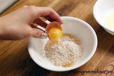 mặt nạ lòng trắng trứng mật ong sữa chua