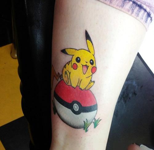 xăm hình pikachu mini đẹp ở tay