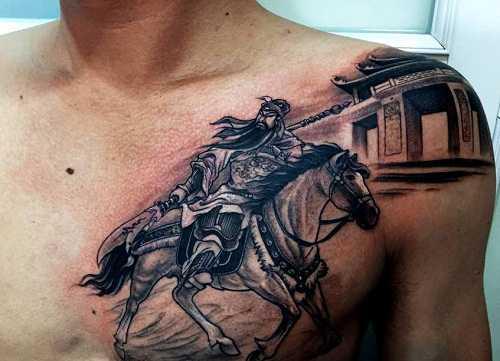 hình xăm quan vũ cưỡi ngựa