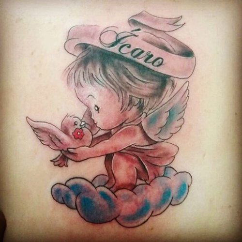 hình xăm thiên thần nhỏ ở cổ tay
