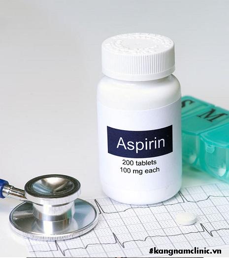 làm trắng da bằng aspirin