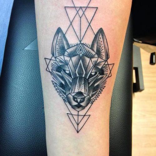 ý nghĩa hình xăm đầu sói