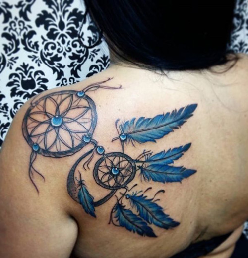 Tattoo Dreamcatcher ở vai