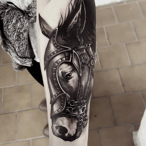 hình xăm ngựa có cánh đẹp
