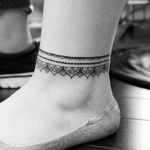 hình xăm lắc chân đẹp